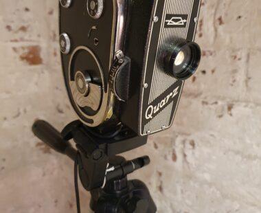 1960's zoom quarz cine camera tripod lamp lighting