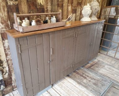 old school painted wall mounted cupboards & cabinets furniture
