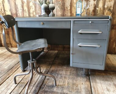 vintage metal and leather army desk furniture tables storage